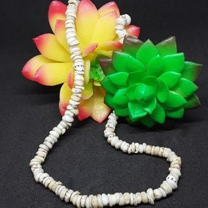 Jewelry - Vintage Puka Shell Necklace